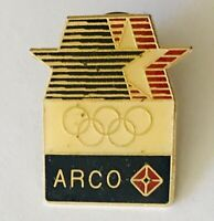 ARCO Sponsor US Olympic Team 1984 Pin Badge Rare Vintage (H4)