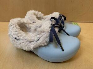 NWT CROCS GRETEL Girls Fur Winter Shoes Sky Blue Oatmeal C 6 7 Authentic