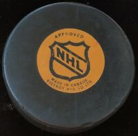 MONTREAL CANADIENS HABS VINTAGE VICEROY CANADA NHL APPROVED OFFICIAL GAME PUCK