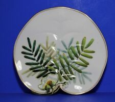 George Jones  Hand Painted Water Lily Leaf shape Plate Pattern 4805  c1861- 1872