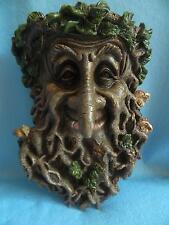 Albero Ent grande faccia targa sul muro (Mark 2) / treant / giardino e casa / 39675