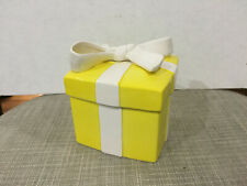 Vintage Fitz and Floyd Ff Yellow Gift Present Box White Bow Trinket Porcelain