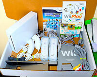 White Nintendo Wii Console PAL, 2 Remotes 2 Nunchucks 24 Games Wii Sports & Play