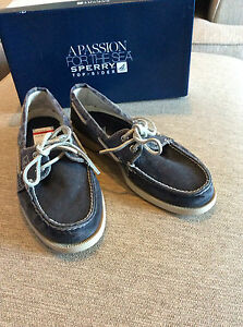 NIB SPERRY TOP-SIDER A/O 2-EYE SW CANVAS FADED NAVY $80 STYLE STS10615  SIZE 7 M