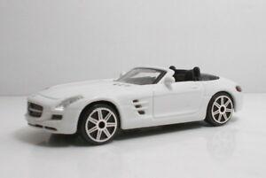 "Bburago 30010 Mercedes-BenzSLS AMG Roadster ""White"" METAL Scala 1:43"