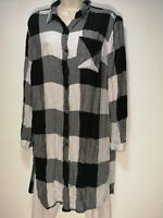 Primark Black and White Checked Long Sleeve Button Up Top - Size 12 (462g)