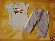 Garanimals Infant Boys Gray/White Graphic Bodysuit & Pants Set 6-9 Months