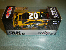 ERIK JONES 2019 Lionel Collectibles #20 DEWALT 1/64 NEW IN STOCK