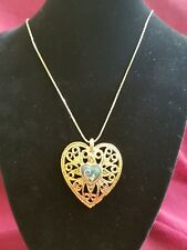"30"" CHAIN WITH LARGE ORNATE HEART PENDANT  gold tone"