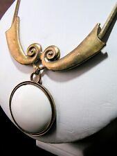 Ceramic Pendant Necklace Nice Condition Vintage Unknown Era - Enamel Cream