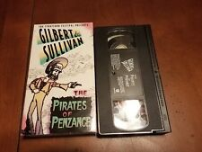 THE PIRATES OF Penzance  VHS Starring Brent Carver Gilbert and Sullivan 1985