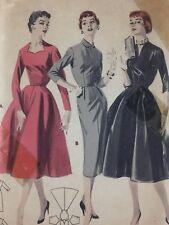 1950s Butterick Vintage Sewing Pattern 7503 Dress Bust 32