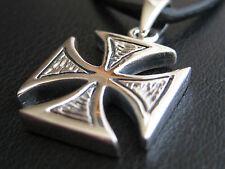 Eisernes Kreuz 925'er Silber Ketten Anhänger   / KA 073