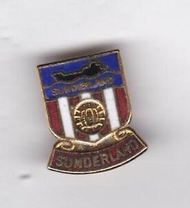 Sunderland - lapel badge No.4 brooch fitting red base
