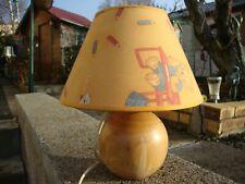 lampe à chevet pour chambre enfant  , pieds en bois tourné