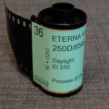 35mm-Fuji Vivid 250D/8546 motion picture color negative film, 36 exp