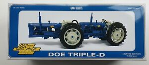 UH DOE TRIPE D NEW PERFORMANCE TRACTOR 1/16 SCALE - LIMITED EDITION 1000PCS
