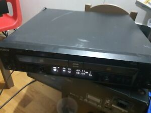 SONY RCD-W100 DOUBLE COMPACT DISC PLAYER WITH CD RECORDER