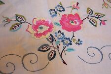 VTG CREAM LINEN TABLECLOTH RAISED EMBROIDERY FLORAL PINK BLUE GREEN COTTAGE