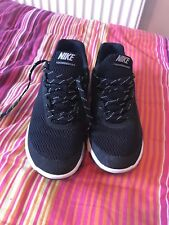 Size 7 Nike running Trainers