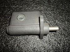 cilindro de Freno AJP 00f02100821