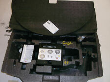 Mitsubishi Colt VI  b.j. 04-08 Mulde +  Reifenpanne-Set