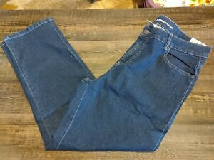 NWT Basic Editions Classic Fit Blue Jeans Sz 16  Pockets Zip Button Womens
