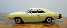 Dodge 1969 Charger R/T 1:24 HEMI Danbury Mint Die Cast Car IOB
