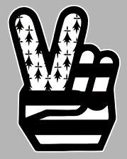BREIZH BRETAGNE MAIN VICTORY HAND 12cmx9cm AUTOCOLLANT STICKER MOTO (BA097)