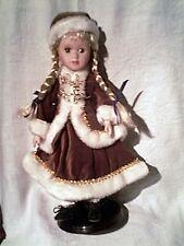 tres jolie poupée porcelaine - tenue hiver russe