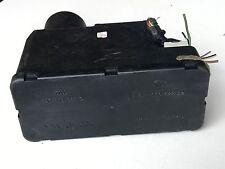 1992 - 1998  Audi 80 90 100 Central Door Locking Vacuum Pump 4A0 862 257 D OEM !