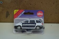 Siku Super Serie 1365 Ford Galaxy White/Dark Blue Gendarmerie
