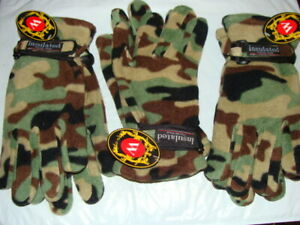 Insulated ThremoWare Fleece Gloves - Camo Pattern - Size Medium - 6 Pair Package