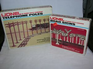 NIB Lot Lionel O scale Telephone Poles (set of 10) #6-2181 & Road Signs 6-2180