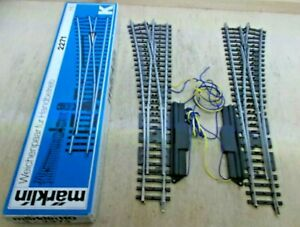 Märklin H0 2271 R K Track Electric Points Pair of Switches R/L Boxed With
