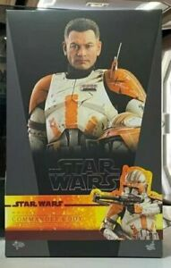 Hot Toys MMS524 Star Wars: Episode III Revenge of the Sith Commander Cody Figure