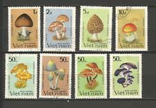 1983 champignon Vietnam Y&T N°450 à 457 série 8 timbres oblitérés /T4353