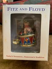 A MINT FITZ AND FLOYD ORNAMENT Bear drum and horn 4.5 inches tall
