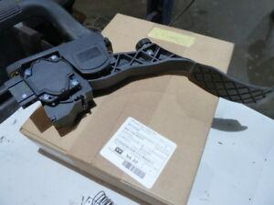 6R2723503C VW Throttle / Acelerator Pedal