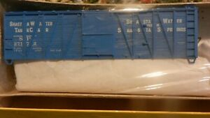 Accurail HO Southern Pacific Shasta Water Outside Braced Wood Boxcar Kit, NIB