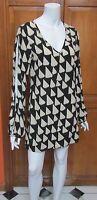 Karlie Long Open Sleeve Black Ivory Print Shift Mini Dress Sz S NWOT Lined