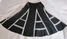 "Carlisle Womens Skirt 8 Black White ""A"" Print 100% Linen Long EUC"