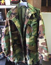 Vintage US Army Men's Hooded Field Woodland Camouflage Coat Jacket Medium Long