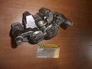 87 Kawasaki Ninja ZX7 ZX750R ZX750 GENUINE Front RH Hydraulic Brake Pad Caliper