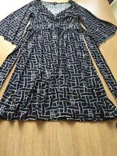 Knee Length V-Neck Dresses for Women with Kimono Sleeve