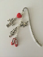 WIZARD OF OZ BOOKMARK - DOROTHY SCARECROW RED SHOE CHARMS GIFT PRESENT