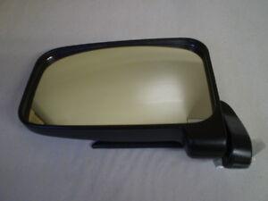 Daihatsu Hijet Right Front Manual Door Mirror S80P S80LP S81P S81LP S82P S83P