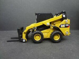 Caterpillar 272d2 Skid Steer Forklift - Construction Warehouse 1:64 Scale