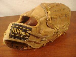 1970 - 80's Wilson  Model  A2134 Ron Cey  Fielder Glove right Hand thrower