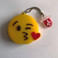 1 New Cute Novelty Emoji Kiss, 8GB USB Flash Drive Memory Stick